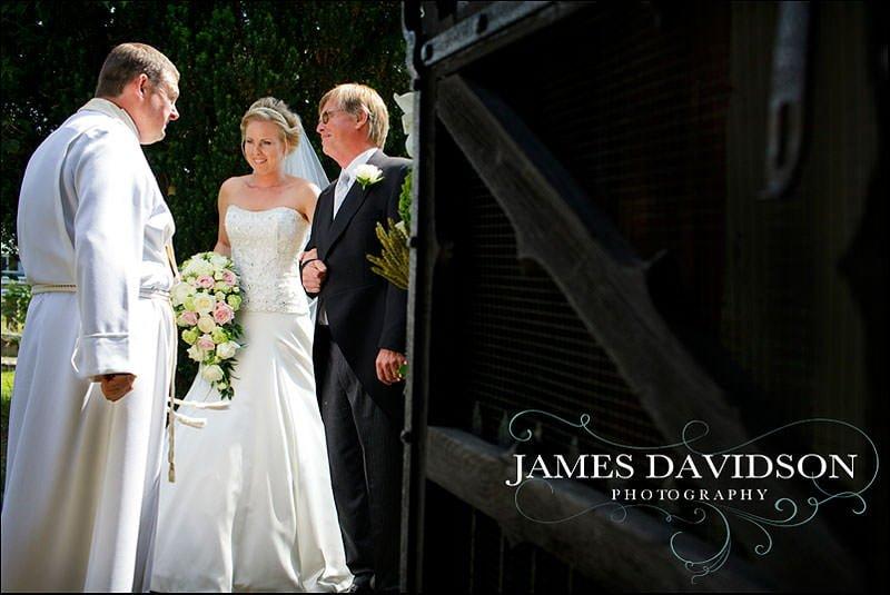 Herefordshire wedding photographer